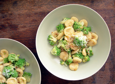 pasta and romanescu cauliflower
