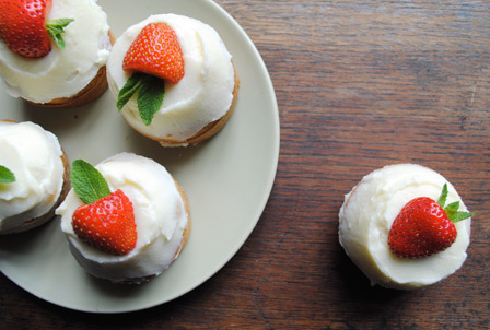 Strawberry Cupcakes with Mascarpone Frosting