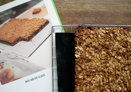 The hippie in me: Oaty Date Squares
